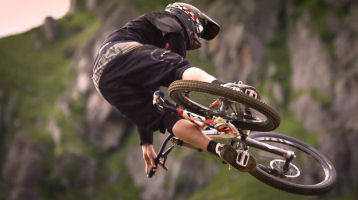 Mtb dirt jump slopestyle